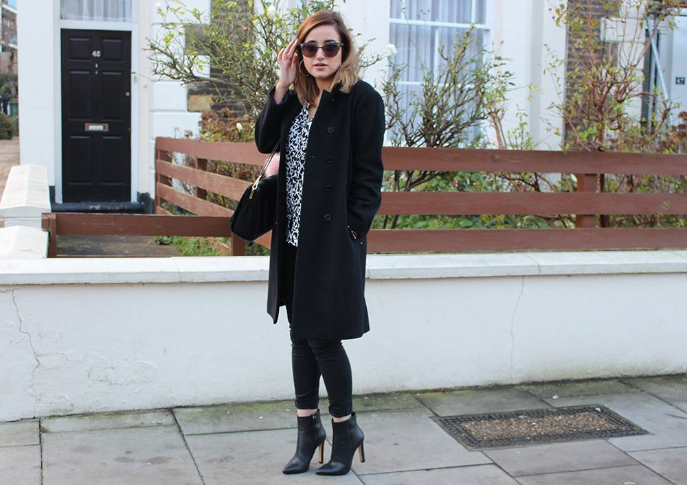 outfit monochrome winter