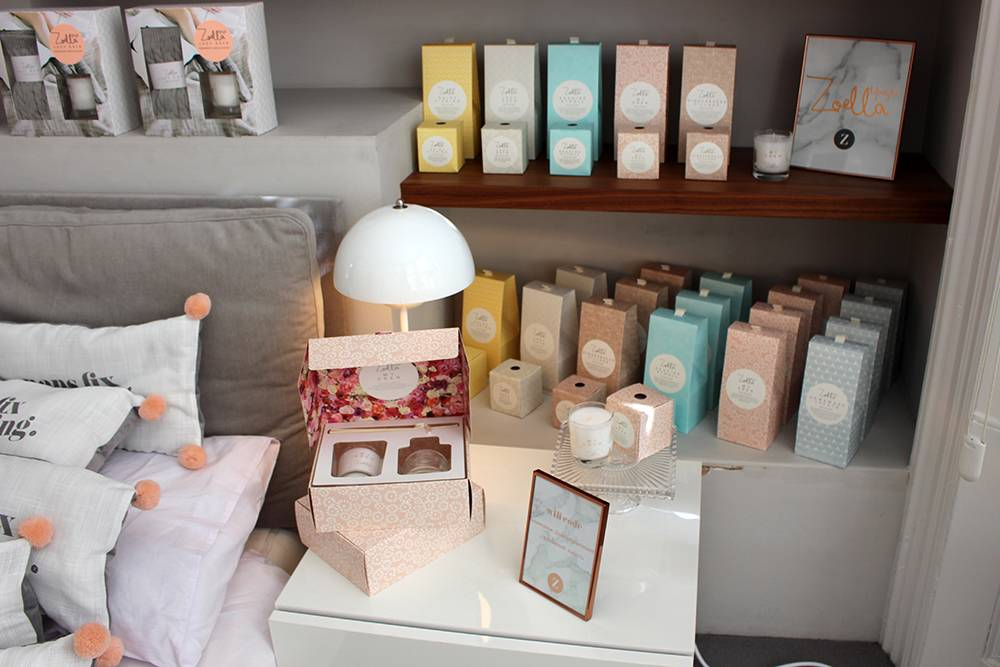 zoella-candles-room